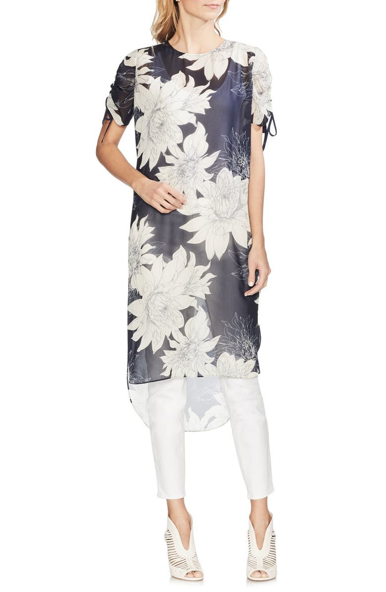 Vince Camuto T-shirts PAGODA BLOSSOMS SHIRTTAIL TUNIC