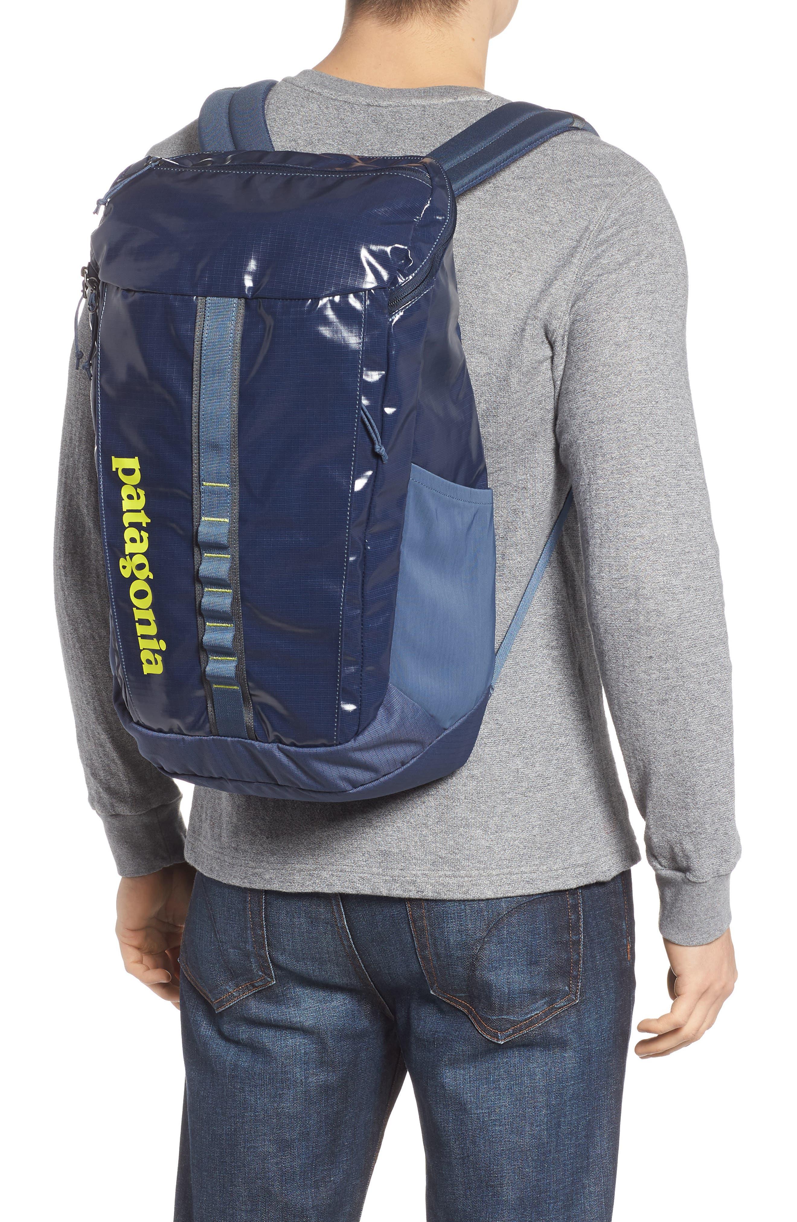 PATAGONIA, Black Hole 25 Liter Backpack, Alternate thumbnail 2, color, 404