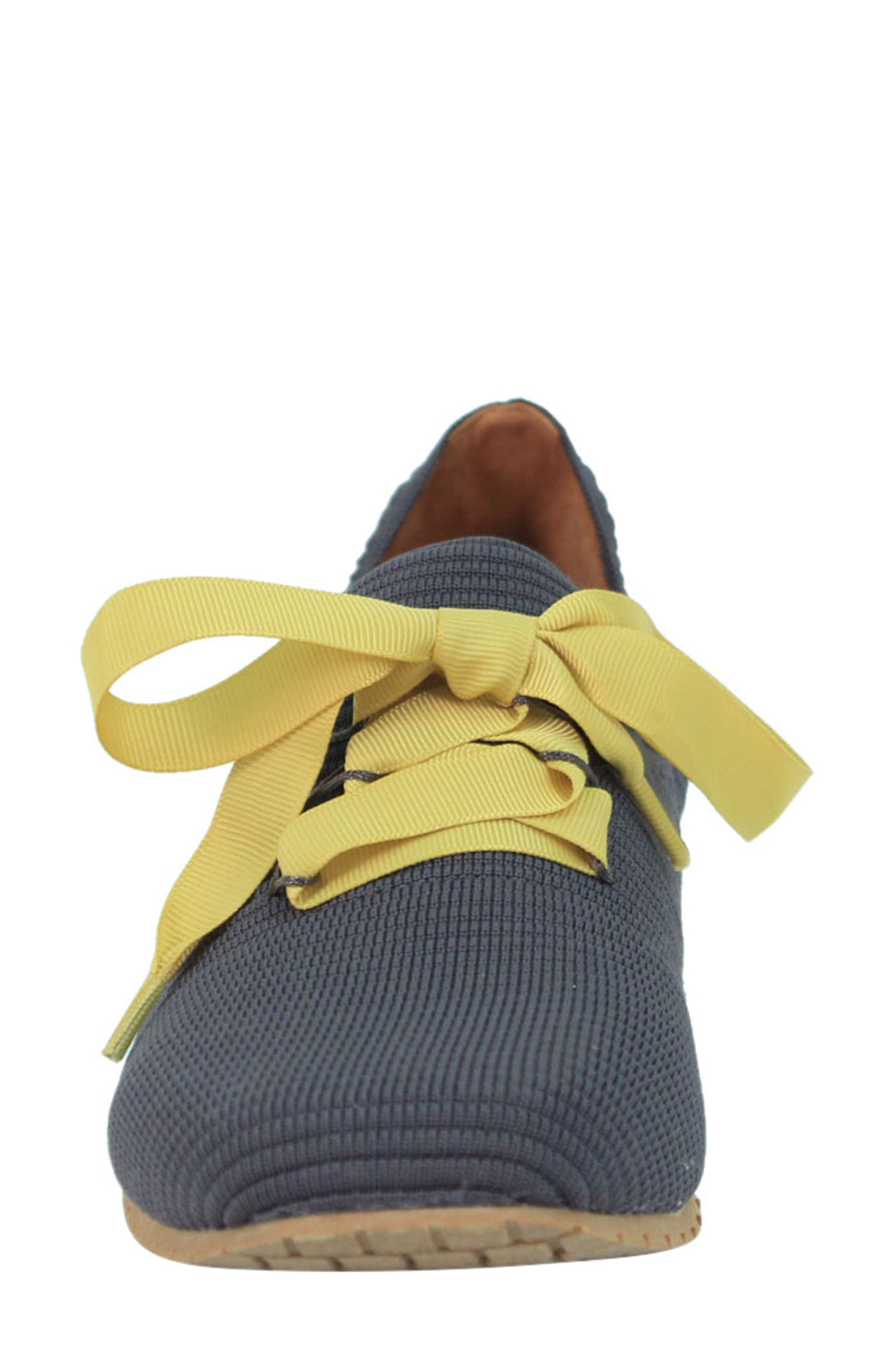 L'AMOUR DES PIEDS, Taimah Sneaker, Alternate thumbnail 4, color, DARK GREY/ YELLOW FABRIC