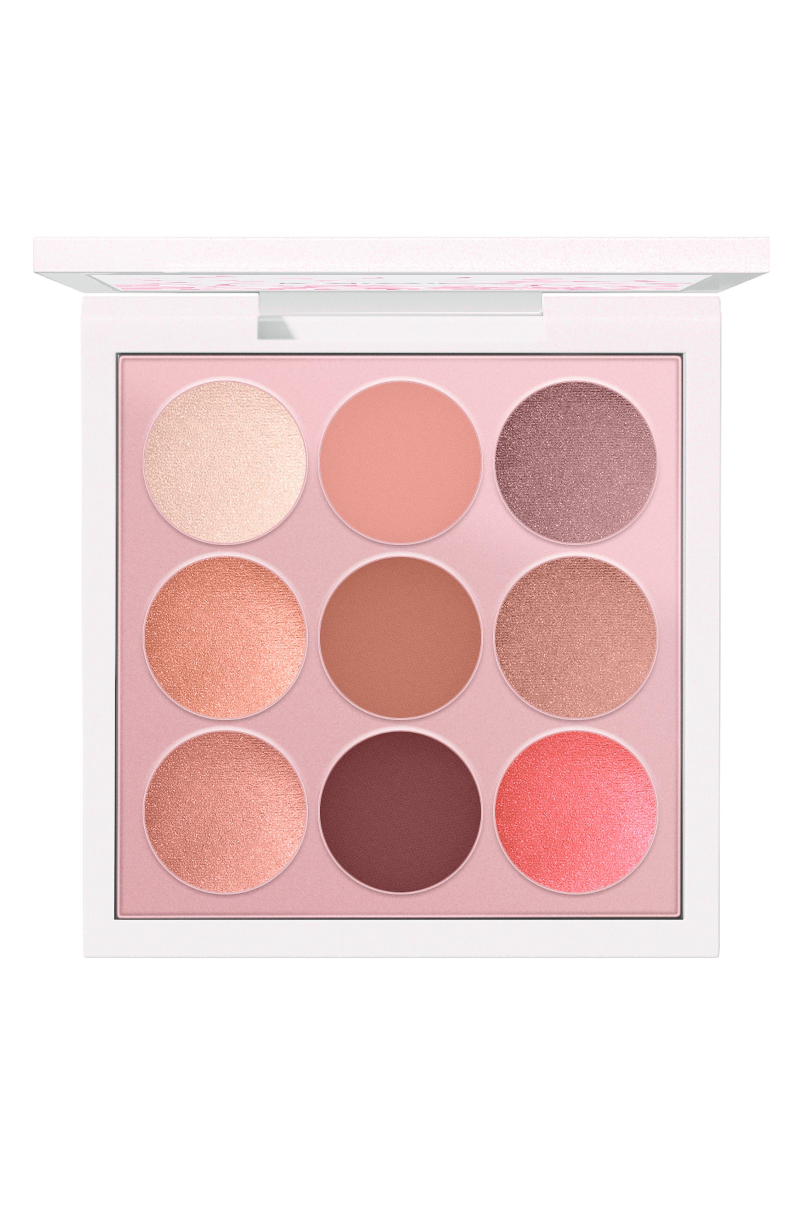 MAC COSMETICS, MAC Boom, Boom, Bloom Kabuki Doll Eyeshadow Palette, Main thumbnail 1, color, 000