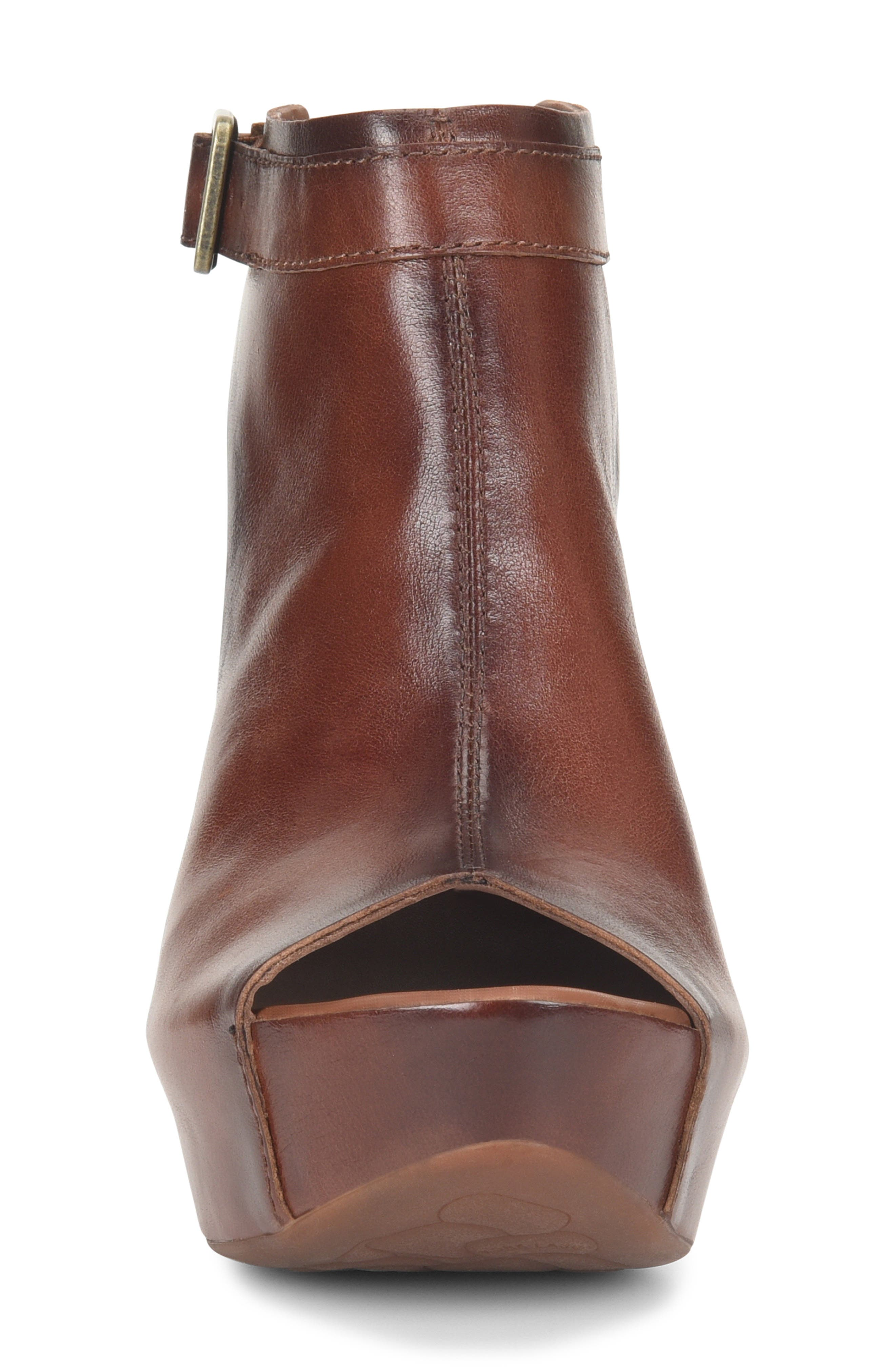KORK-EASE<SUP>®</SUP>, 'Berit' Wedge Sandal, Alternate thumbnail 4, color, BROWN LEATHER