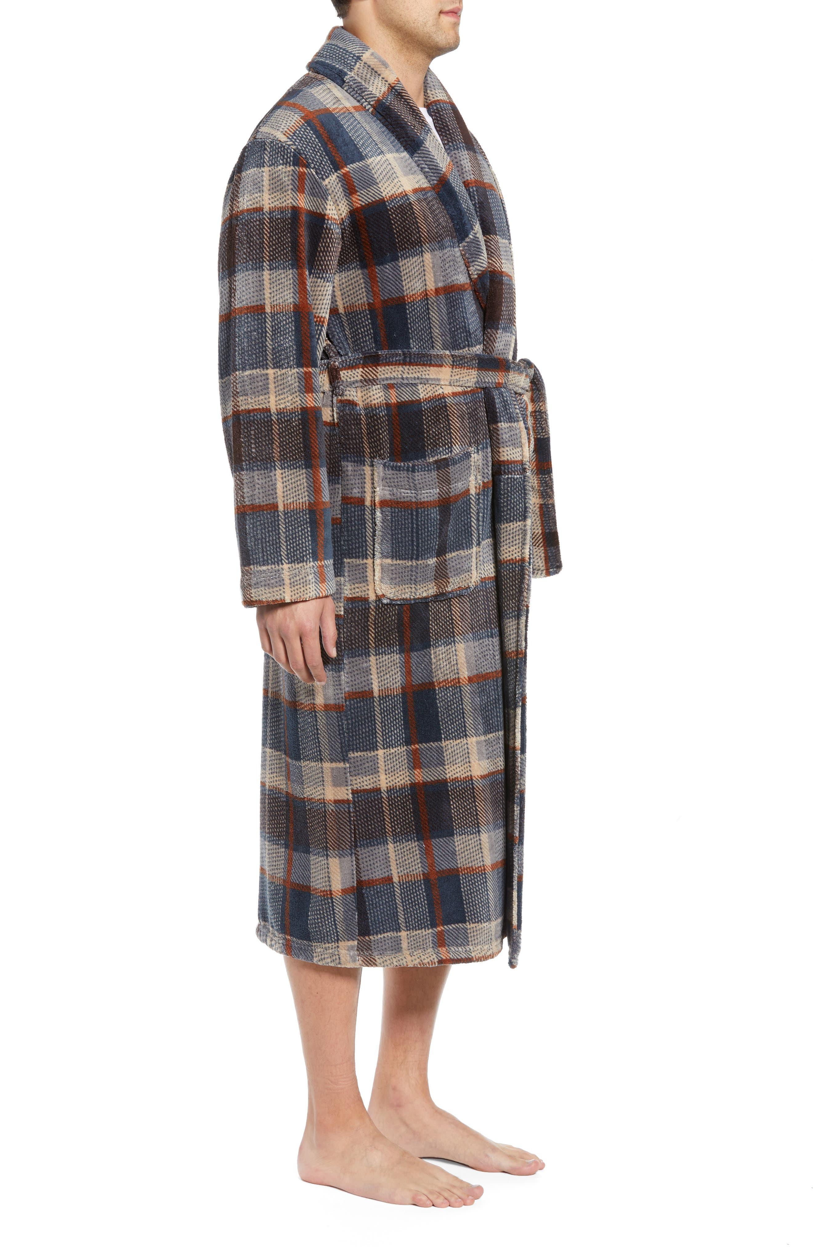 MAJESTIC INTERNATIONAL, Mountains of Comfort Shawl Fleece Bath Robe, Alternate thumbnail 3, color, COFFEE