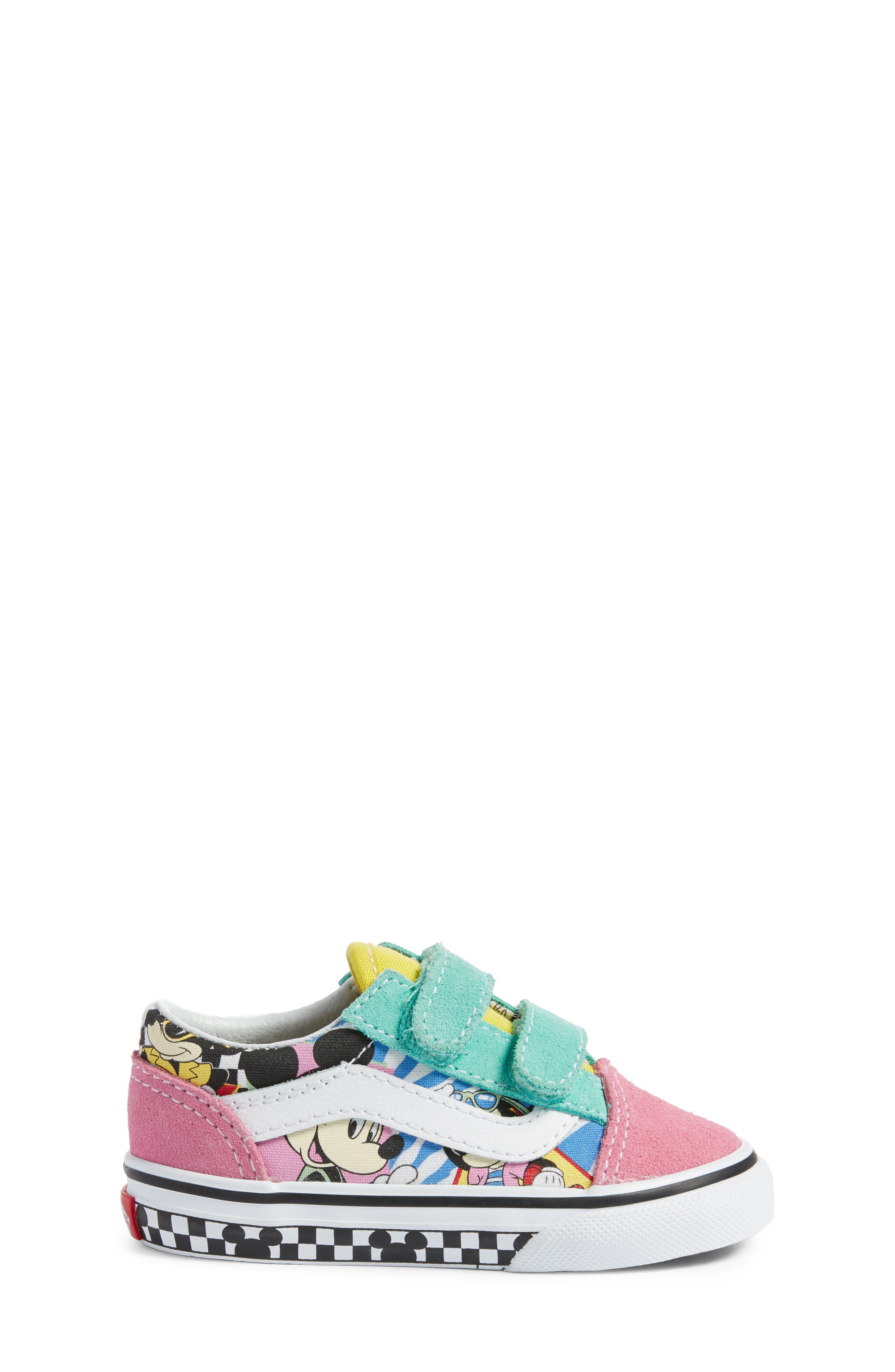 VANS, x Disney Old Skool V Sneaker, Alternate thumbnail 3, color, 650