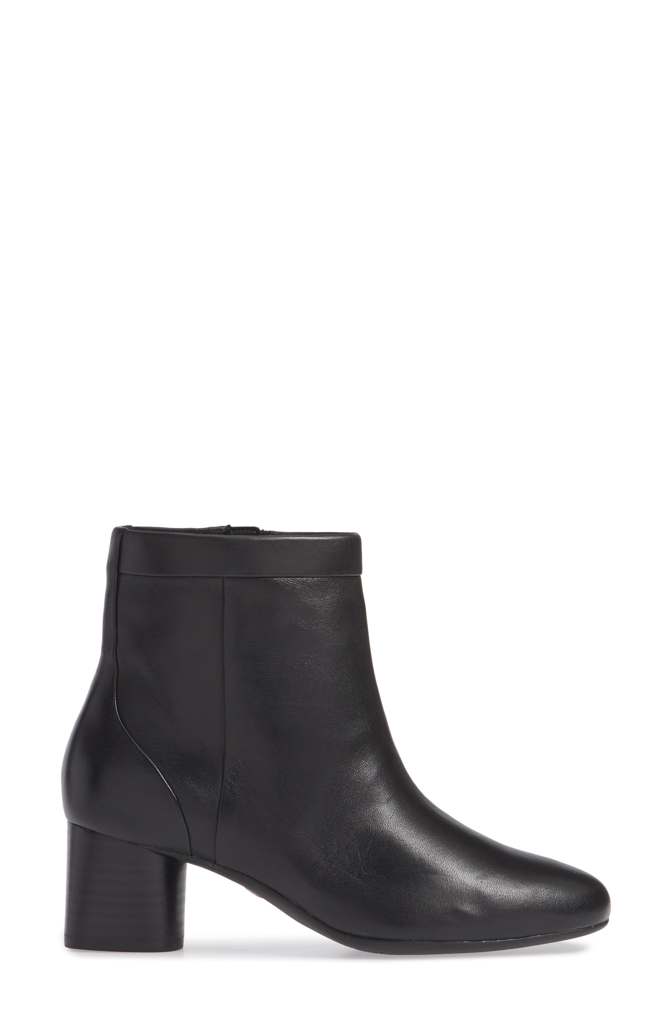 CLARKS<SUP>®</SUP>, Un Cosmo Up Bootie, Alternate thumbnail 3, color, BLACK LEATHER