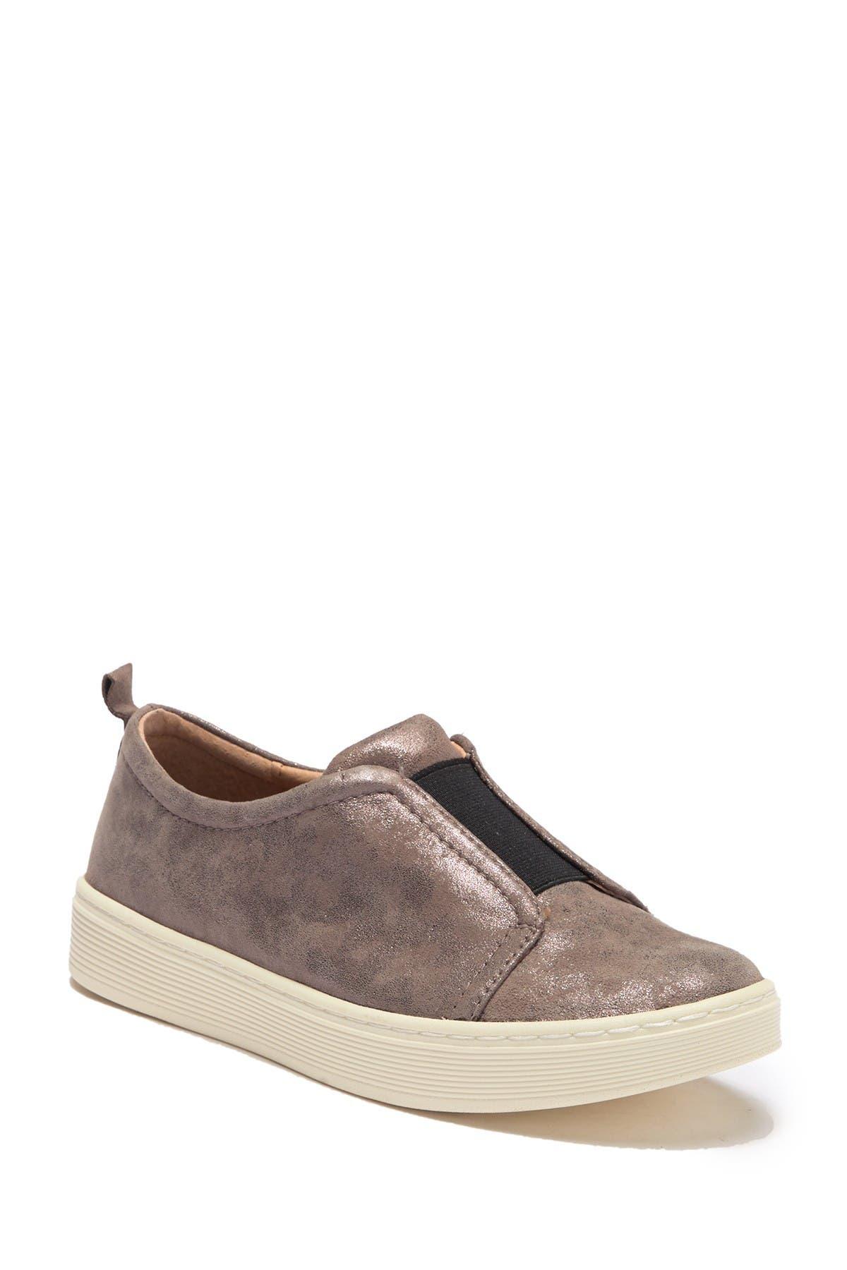 Sofft   Safia Slip-On Sneaker