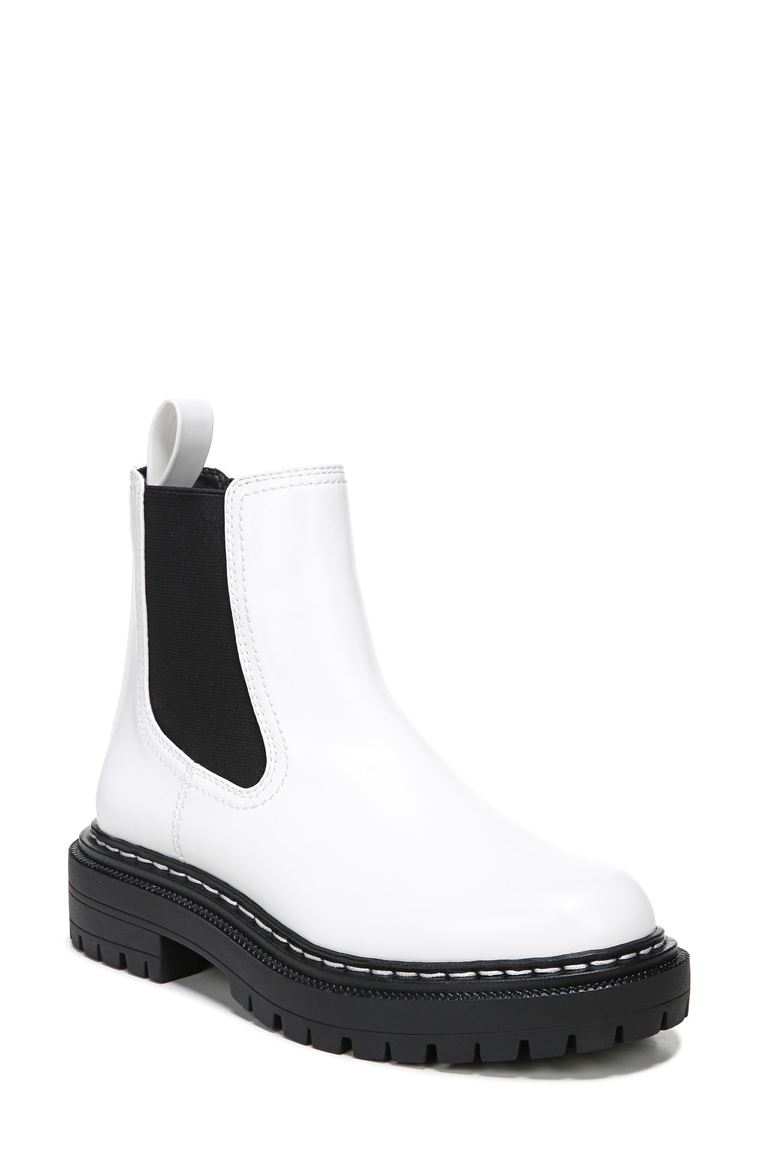 Effie Chelsea Boot