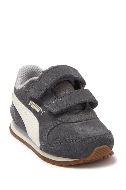 Image of PUMA Street Runner V2 Suede Sneaker
