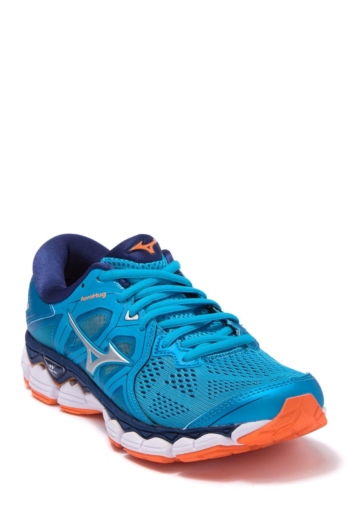 Image of Mizuno Wave Sky 2 Running Shoe