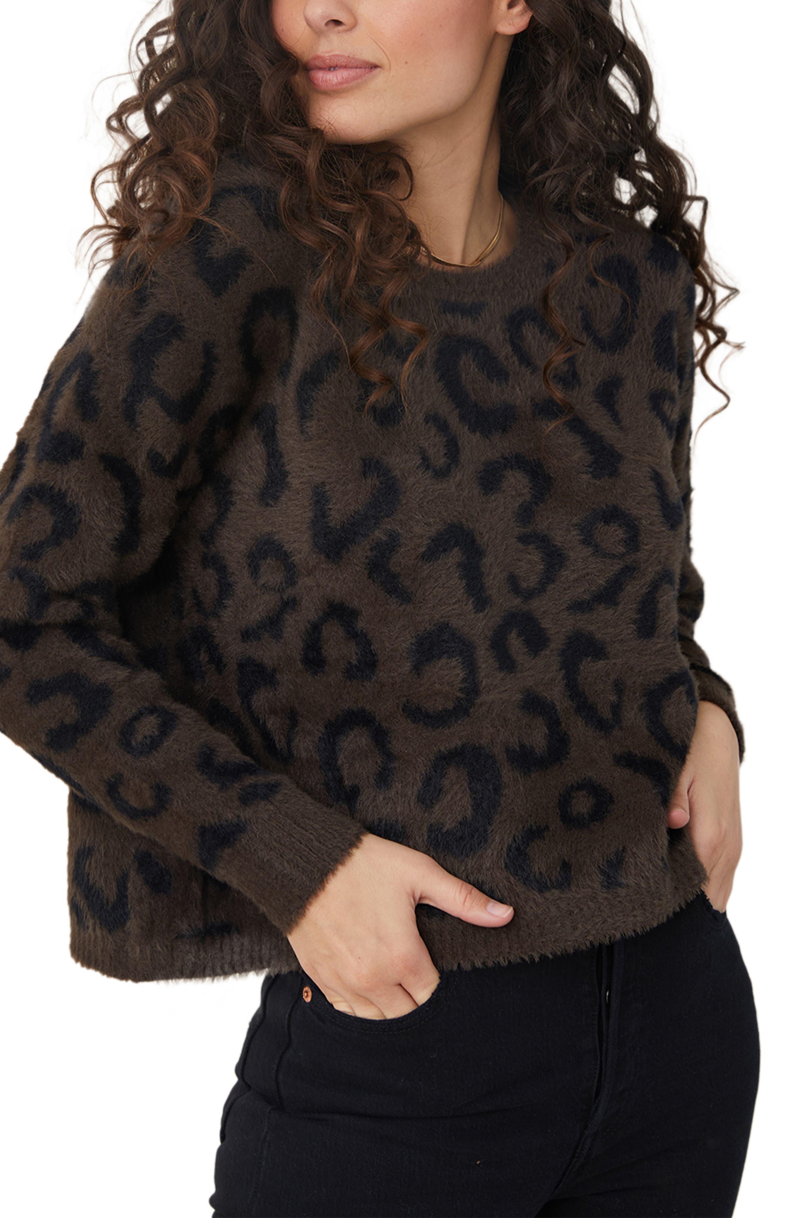 Animal Jacquard Crop Crewneck Sweater