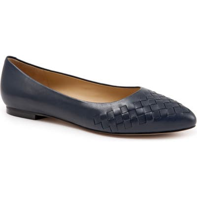 Trotters Estee Pointed Toe Flat N - Blue