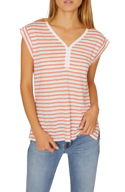 Image of Sanctuary Laura Contrast Neck Linen Top