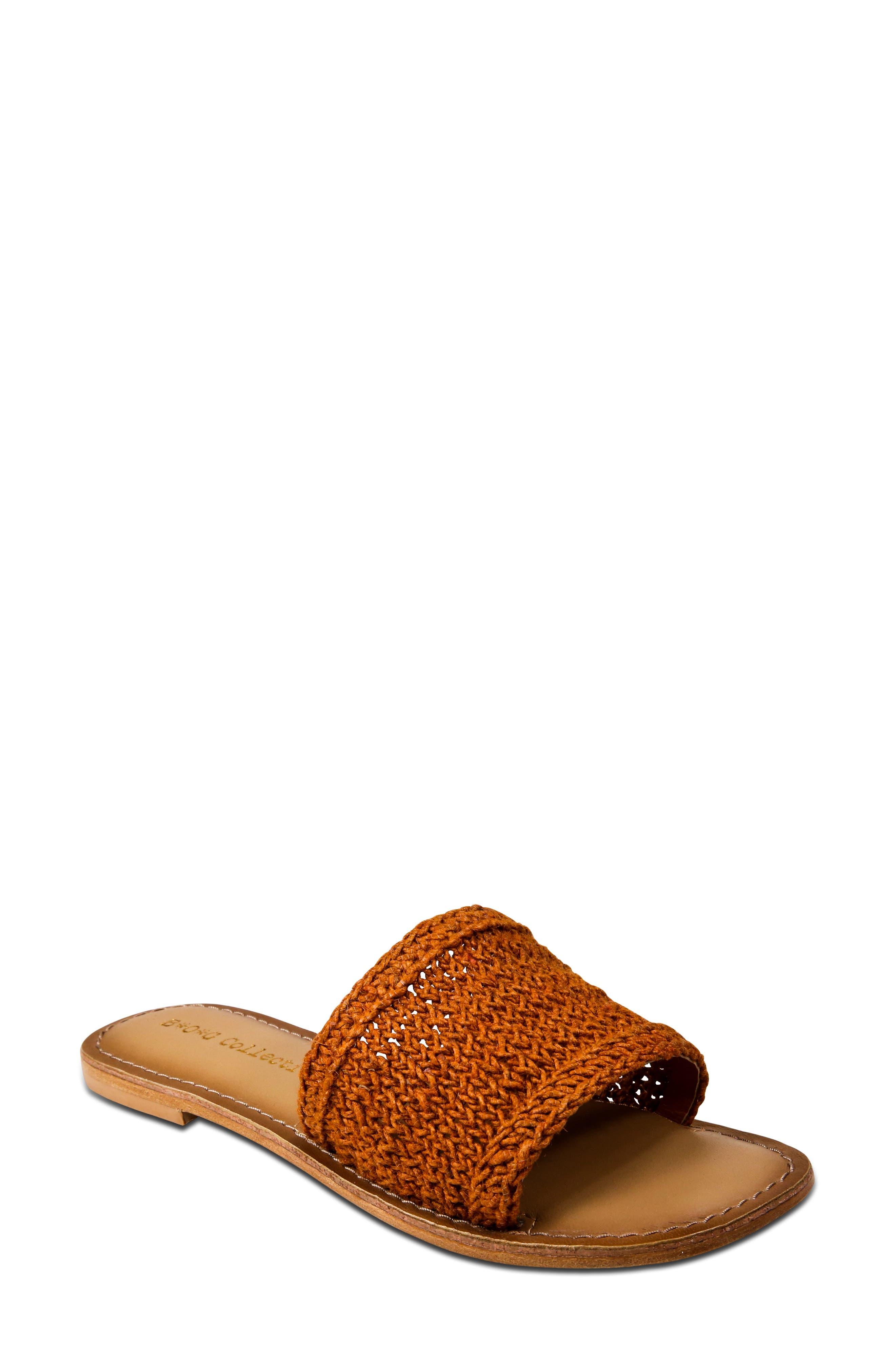 Concha Slide Sandal