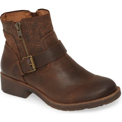 Comfortiva Sterns Bootie, Brown