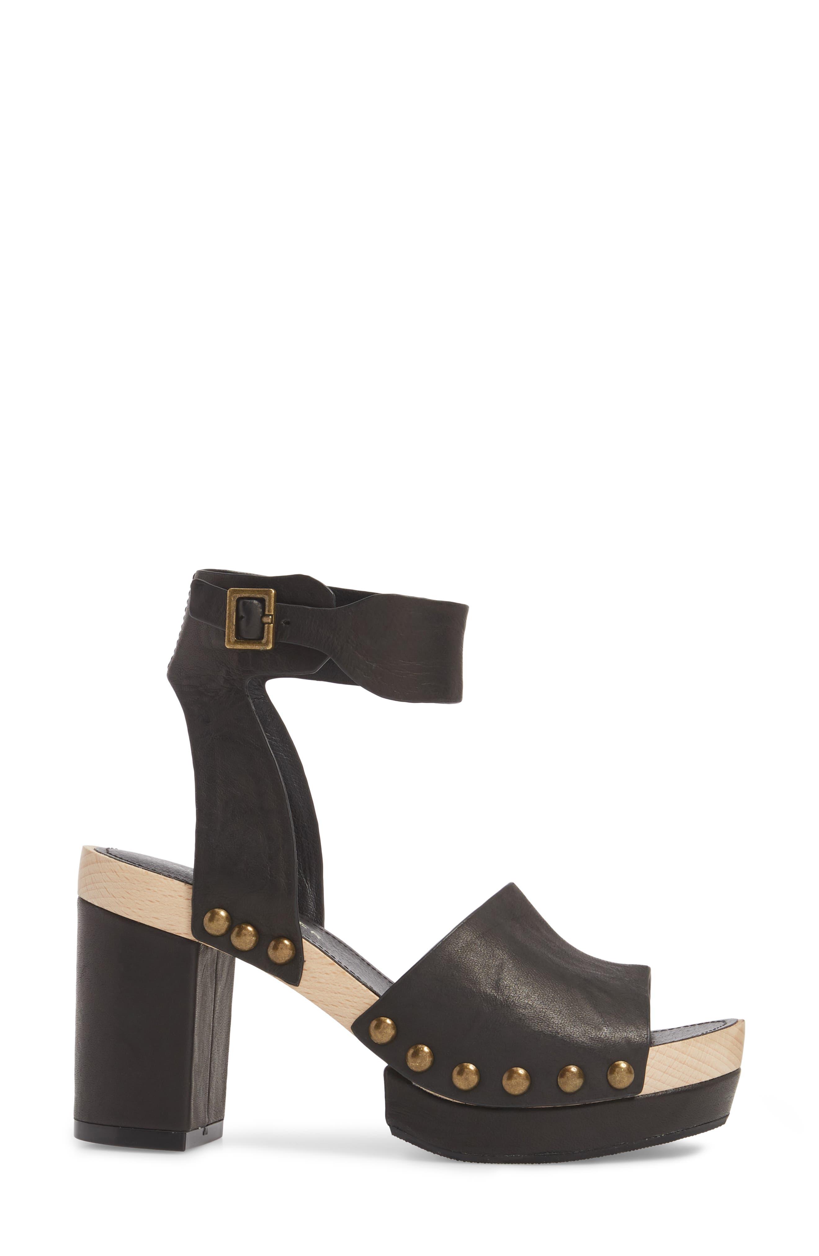 ,                             Farris Platform Sandal,                             Alternate thumbnail 3, color,                             001