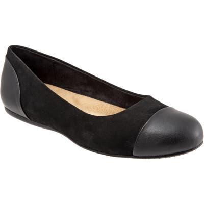 Softwalk Sonoma Cap Toe Flat- Black