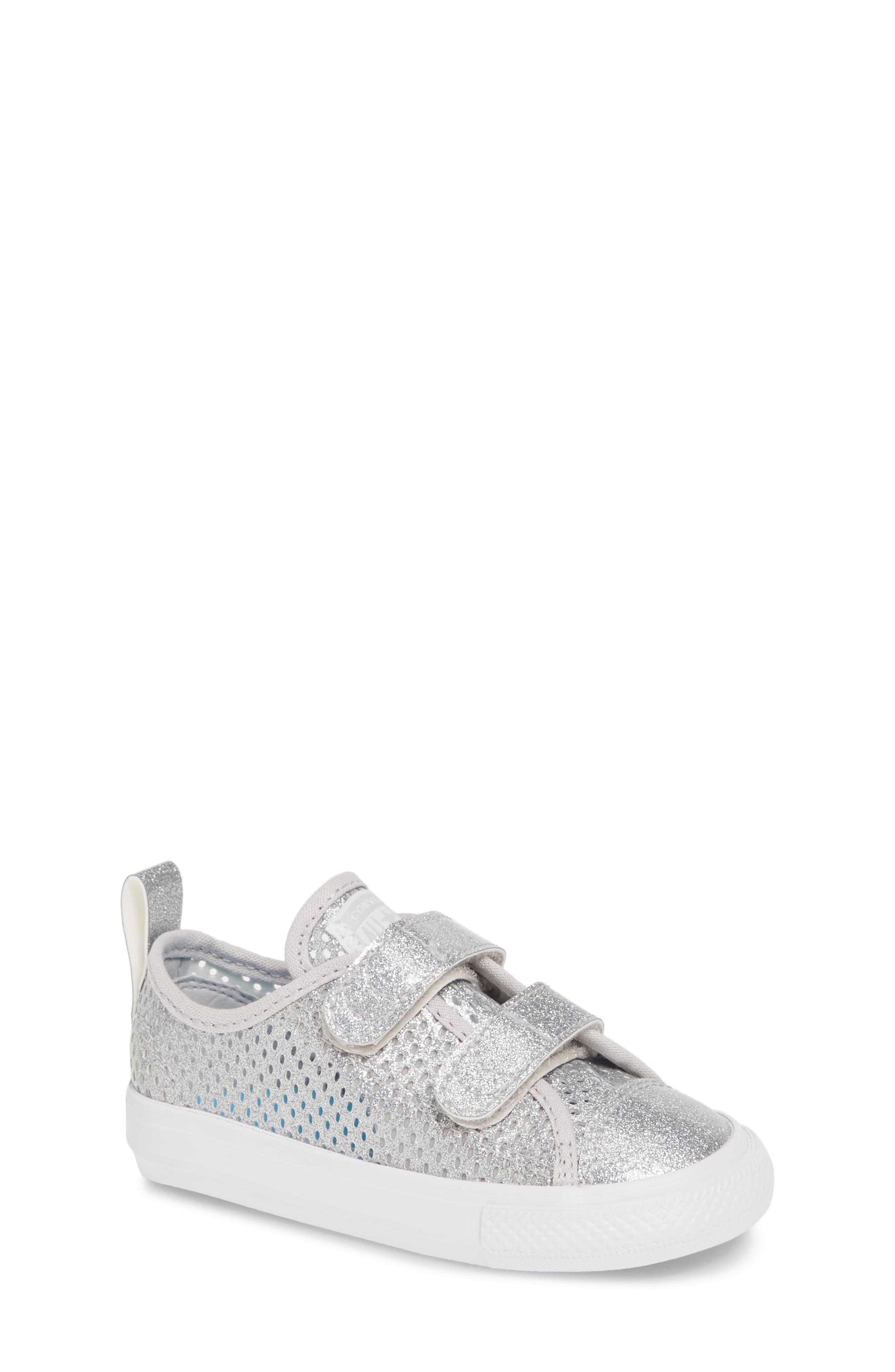 Converse Chuck Taylor All Star 2V Glitter Mesh Sneaker