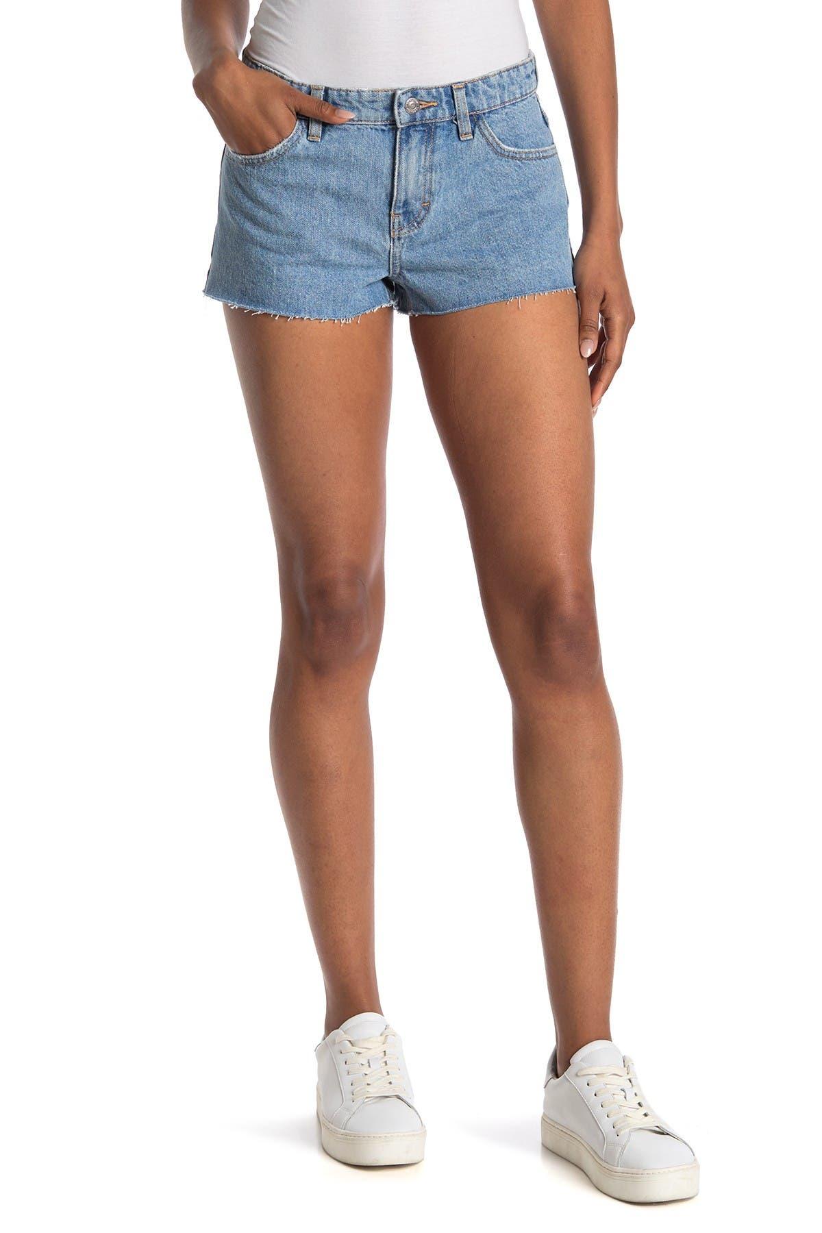 Image of TOPSHOP Tilly Raw Hem Denim Shorts