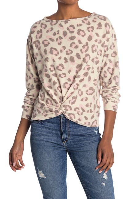 Image of Lush Print Knit Twist Top