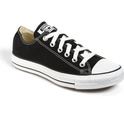 Converse Chuck Taylor Low Top Sneaker- Black