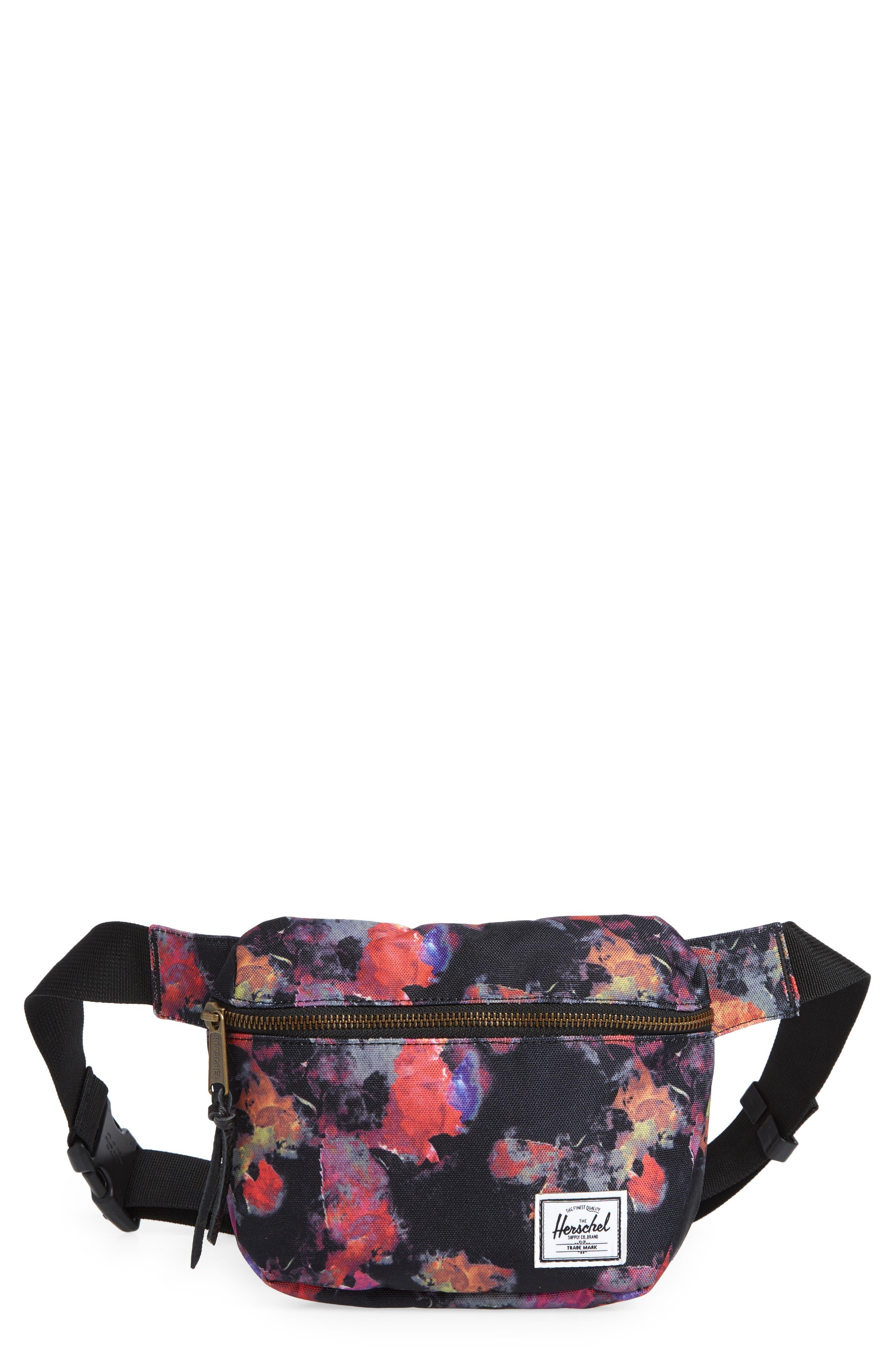 Fifteen Belt Bag