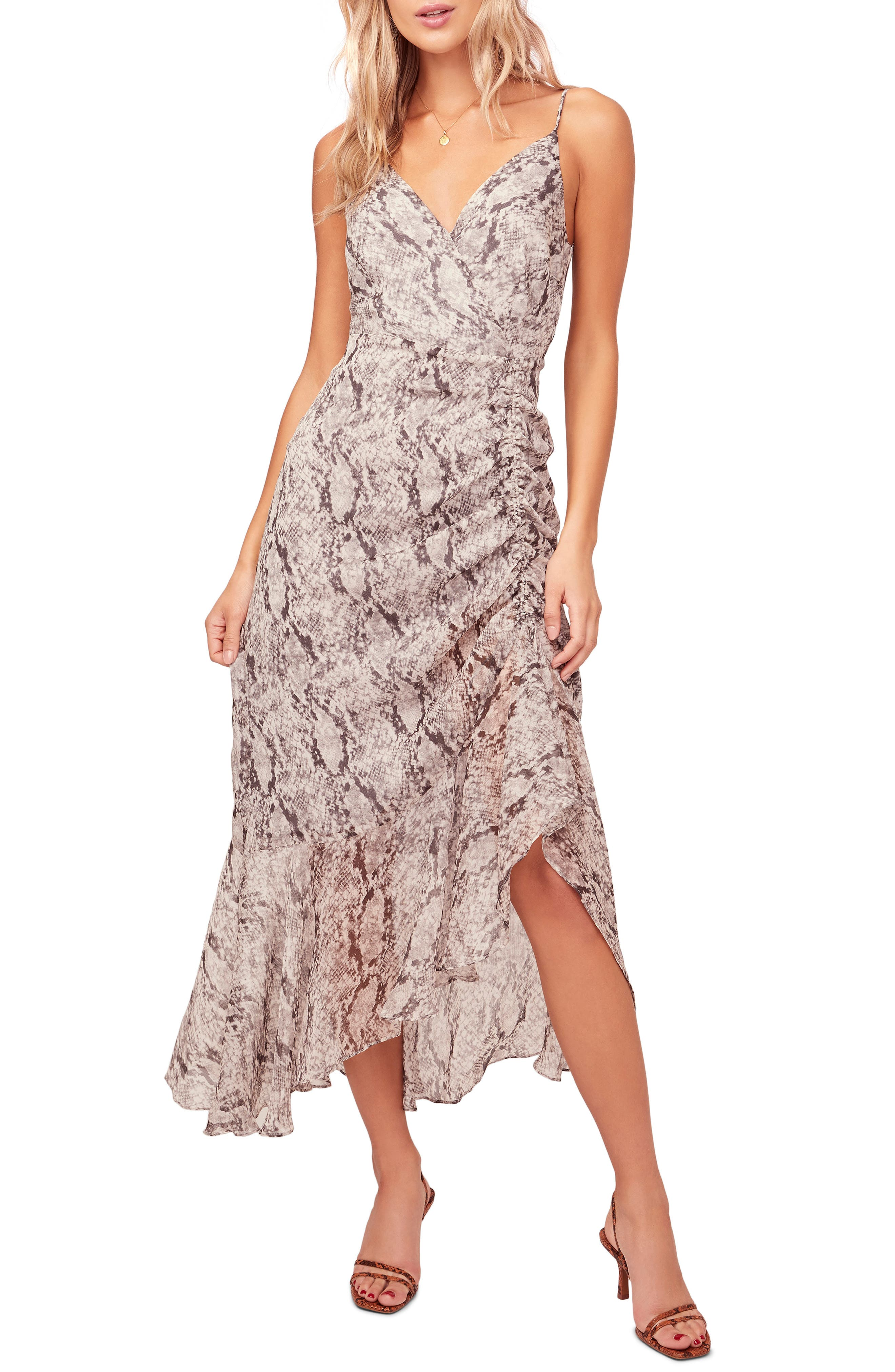Astr The Label Mariah Ruched Floral Print Midi Dress, Grey