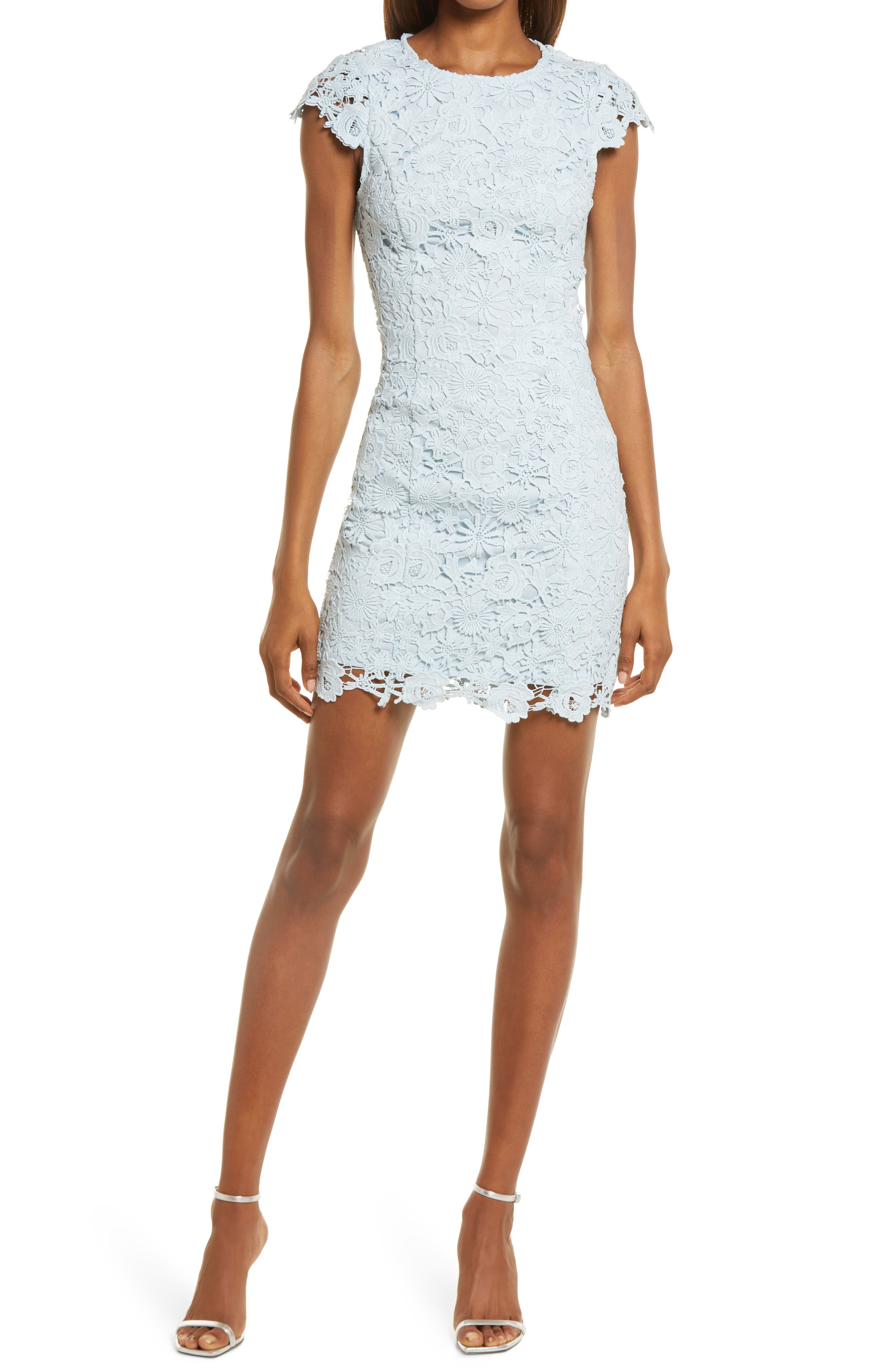 Romance Language Backless Lace Body-Con Dress