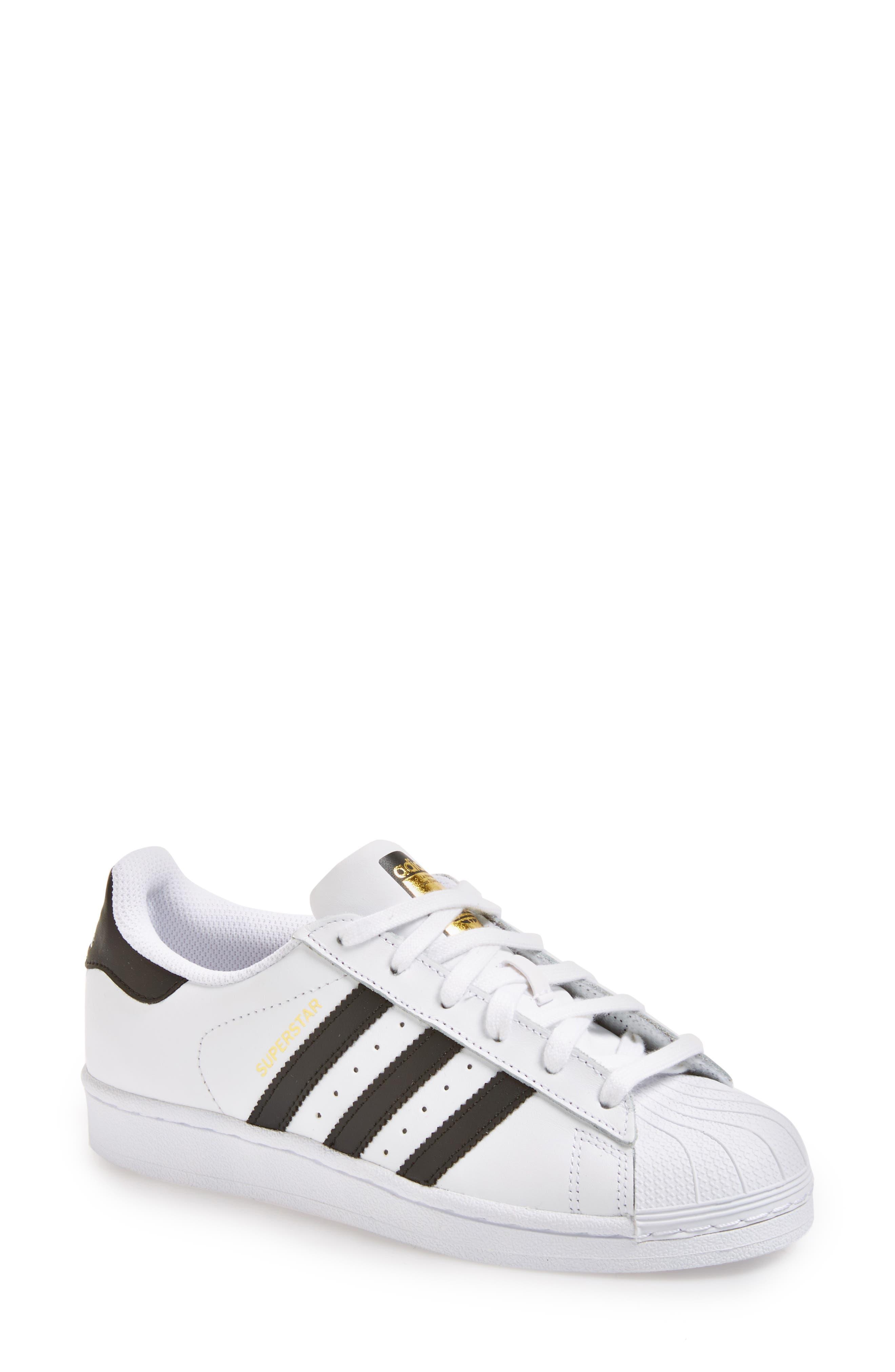 Superstar Sneaker
