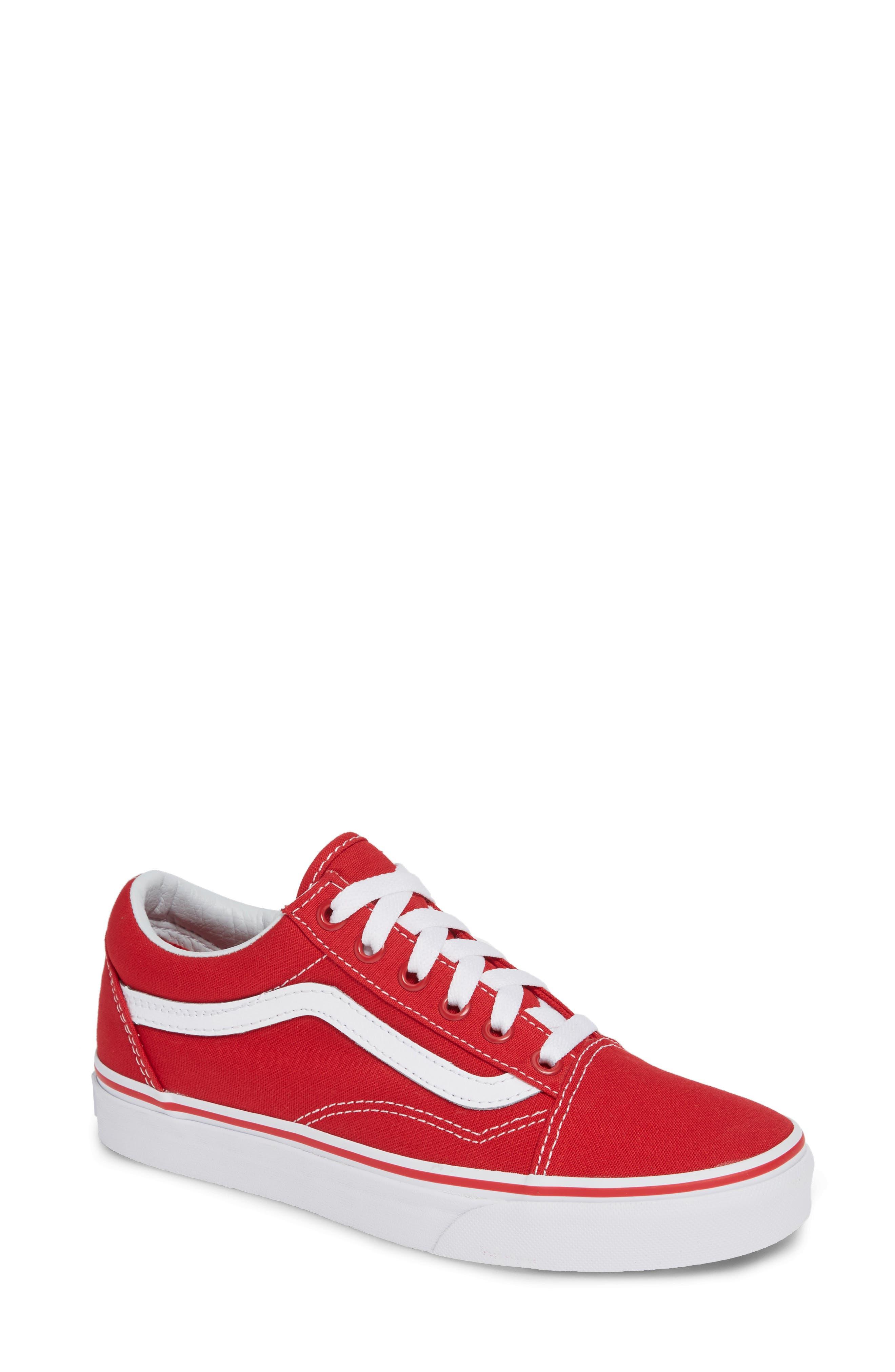 Vans Old Skool Sneaker, Red