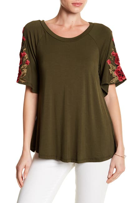 Image of WEST KEI Floral Applique Sleeve Tee