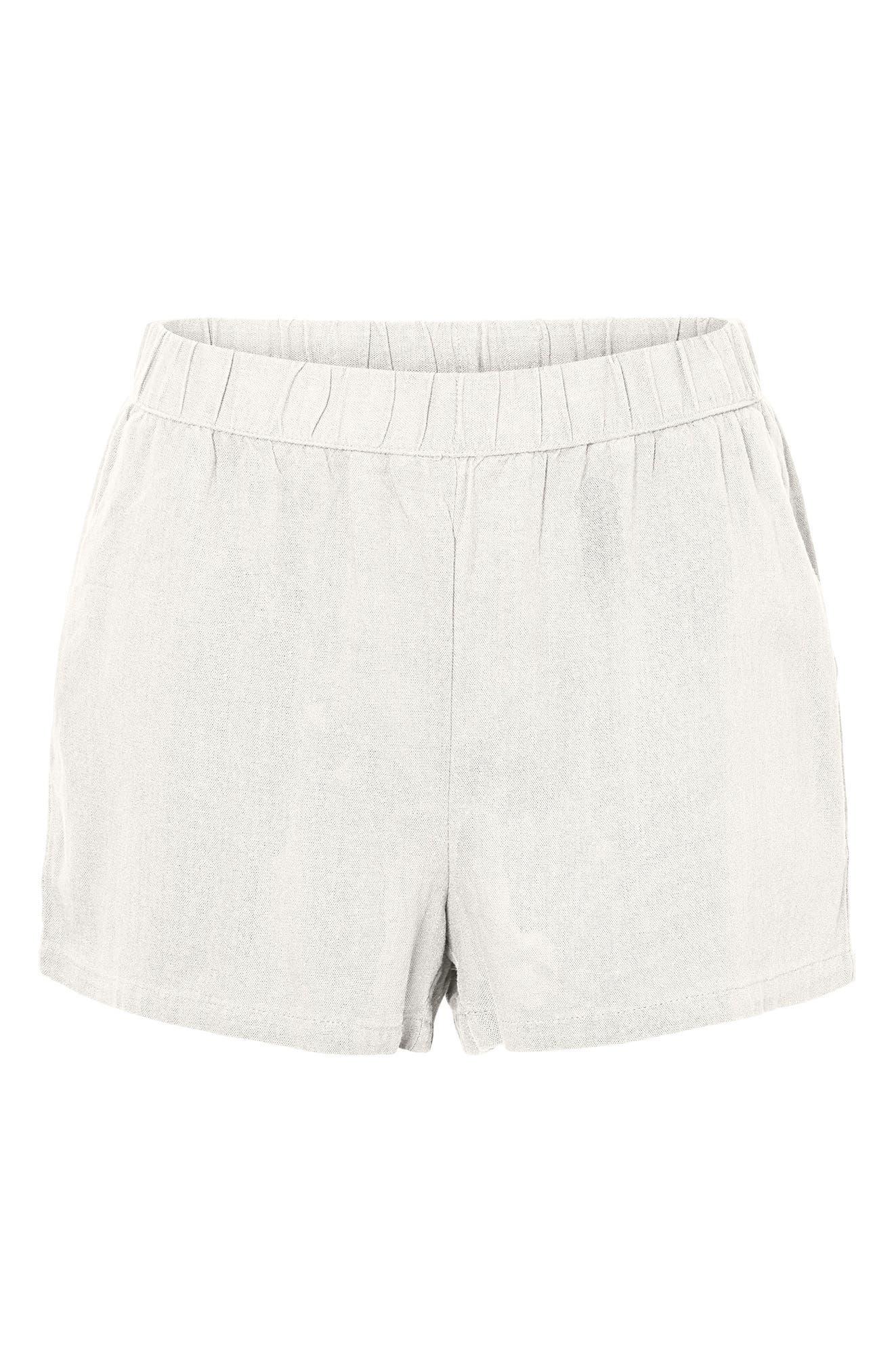 Women's Vero Moda Helen Shorts,  Large - White