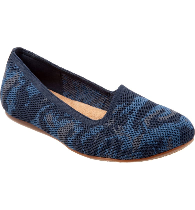 SOFTWALK<SUP>®</SUP> Sicily Knit Flat, Main, color, BLUE FABRIC