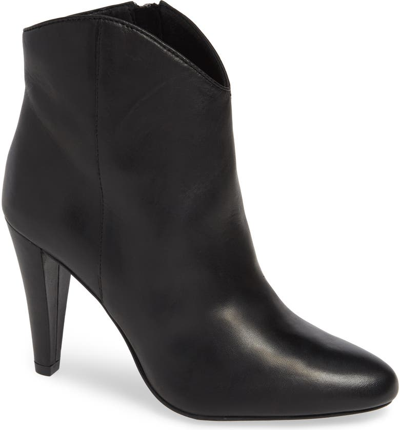 HALOGEN<SUP>®</SUP> Makayla Bootie, Main, color, 001