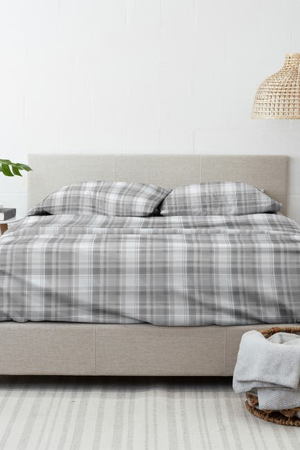 Image of IENJOY HOME Home Collection Premium Plaid 4-Piece Queen Flannel Bed Sheet Set - Light Gray