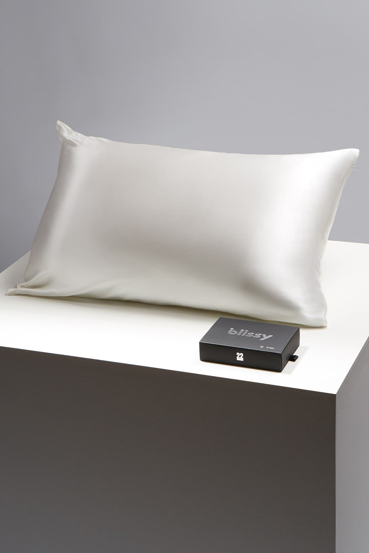 Image of BLISSY Mulberry Silk Queen Pillowcase
