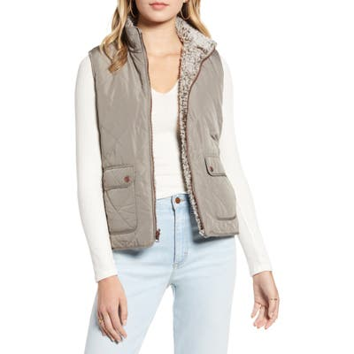 Thread & Supply Wubby Reversible Fleece Lined Quilted Vest, Green