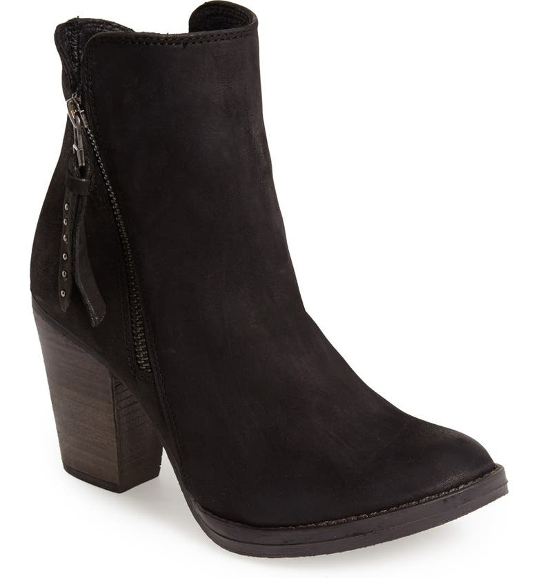 STEVE MADDEN 'Ryat' Leather Ankle Bootie, Main, color, 001