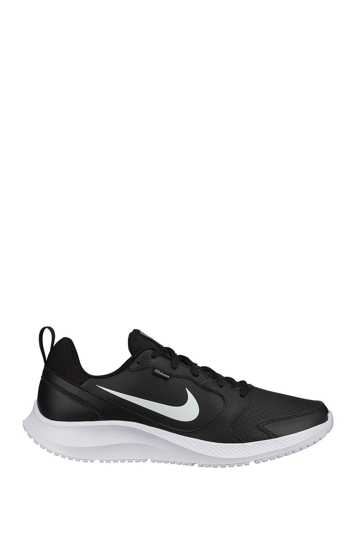 Nike | Todos Sneaker | Nordstrom Rack