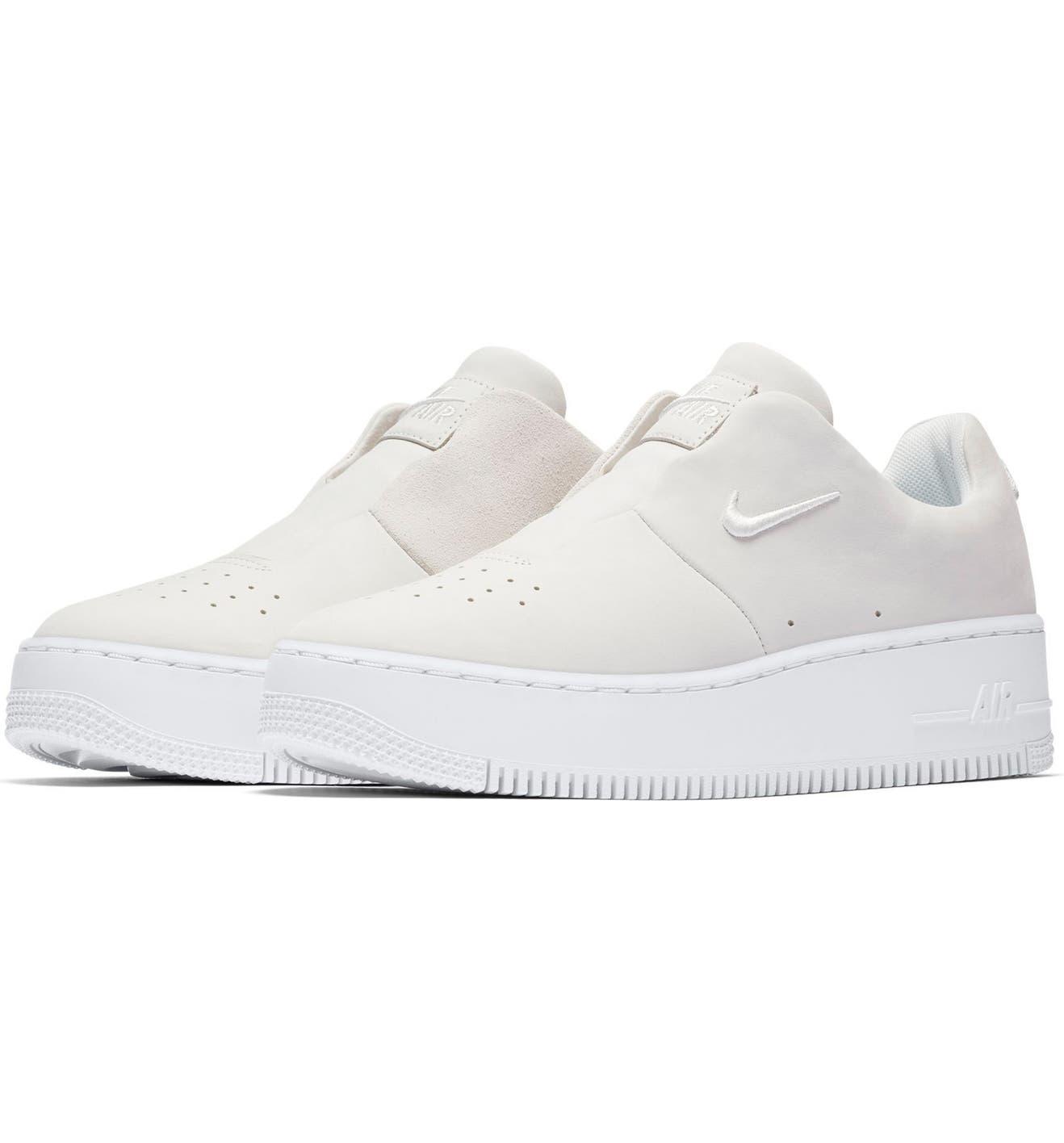 separation shoes 97747 247d1 Air Force 1 Sage XX Sneaker