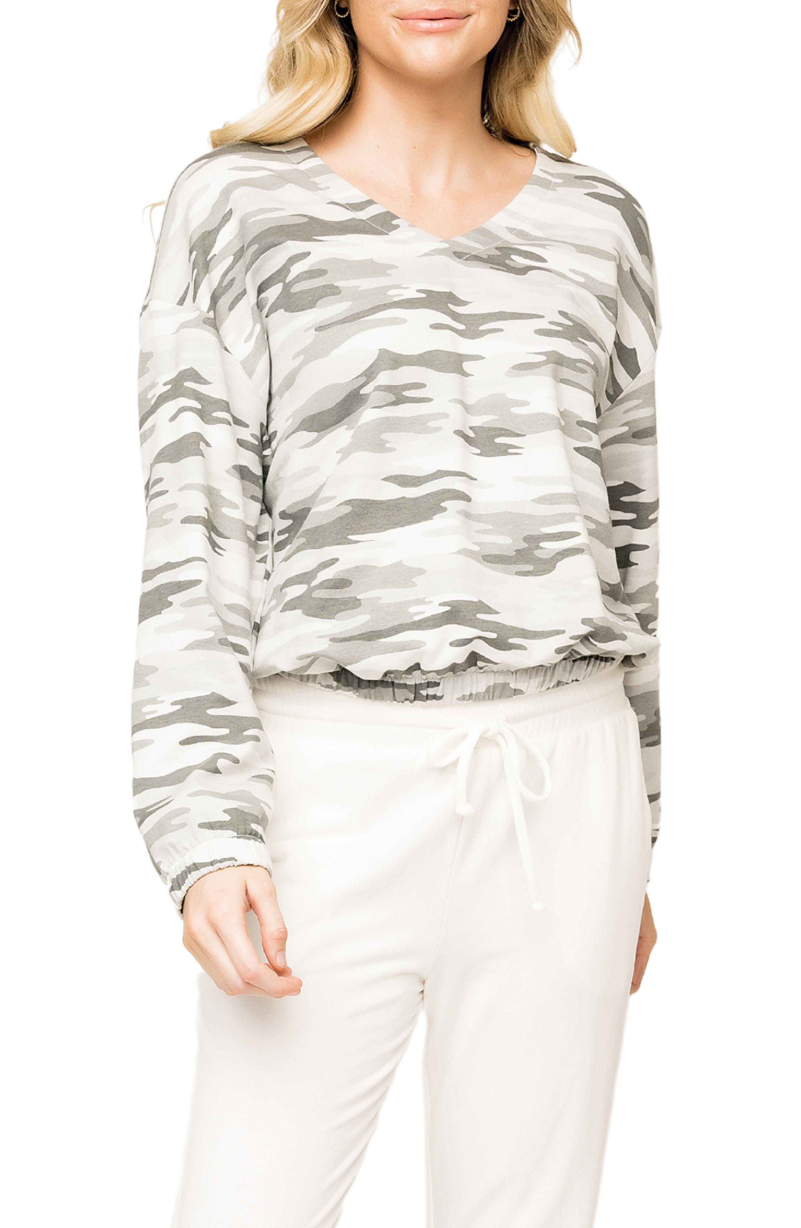 V-Neck Stretch Cotton Pullover