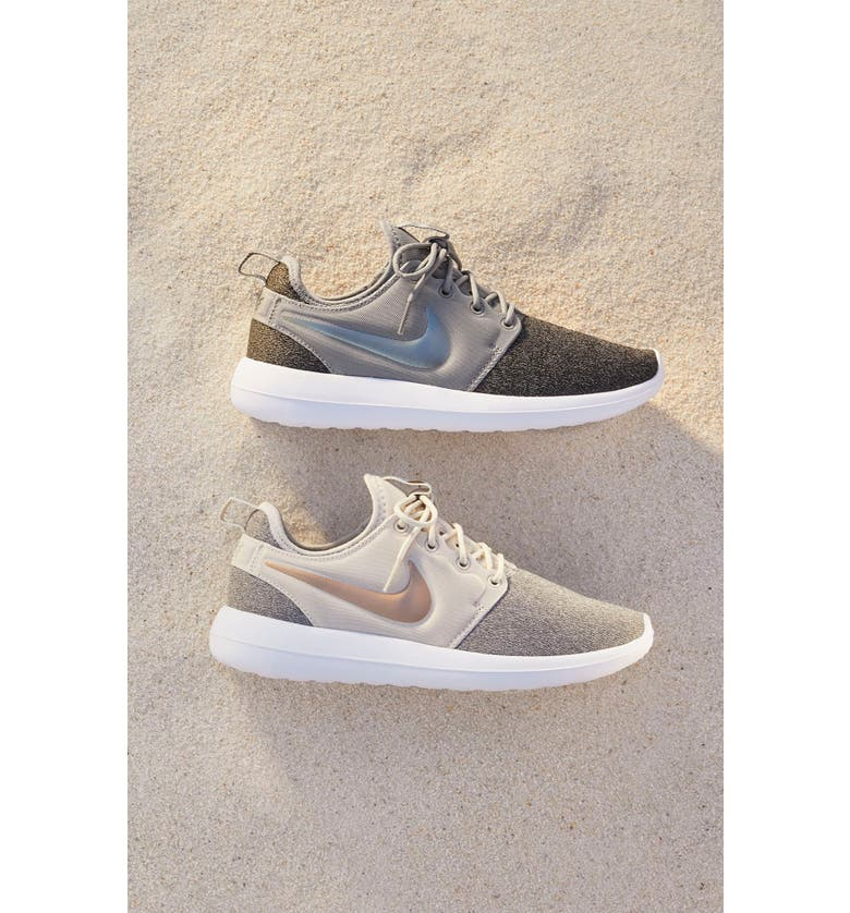 innovative design c1abc ca24a Roshe Two Knit Sneaker
