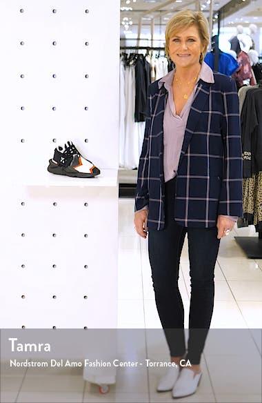 Kaiwa Sneaker, sales video thumbnail