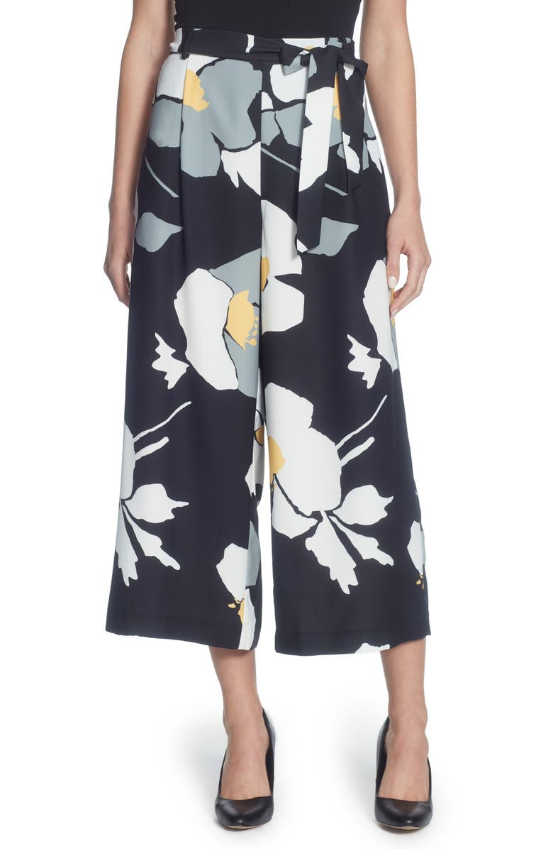 CATHERINE CATHERINE MALANDRINO Carver Floral Crop Pants, Main, color, 001