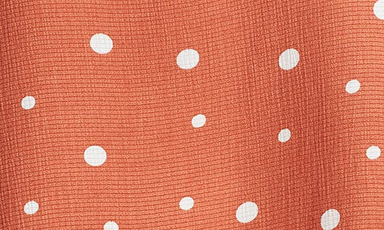 SCATTERED DOTS PRINT