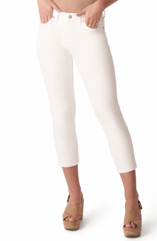 Silver Jeans Co. MOST WANTED FRAYED CROP STRAIGHT LEG JEANS
