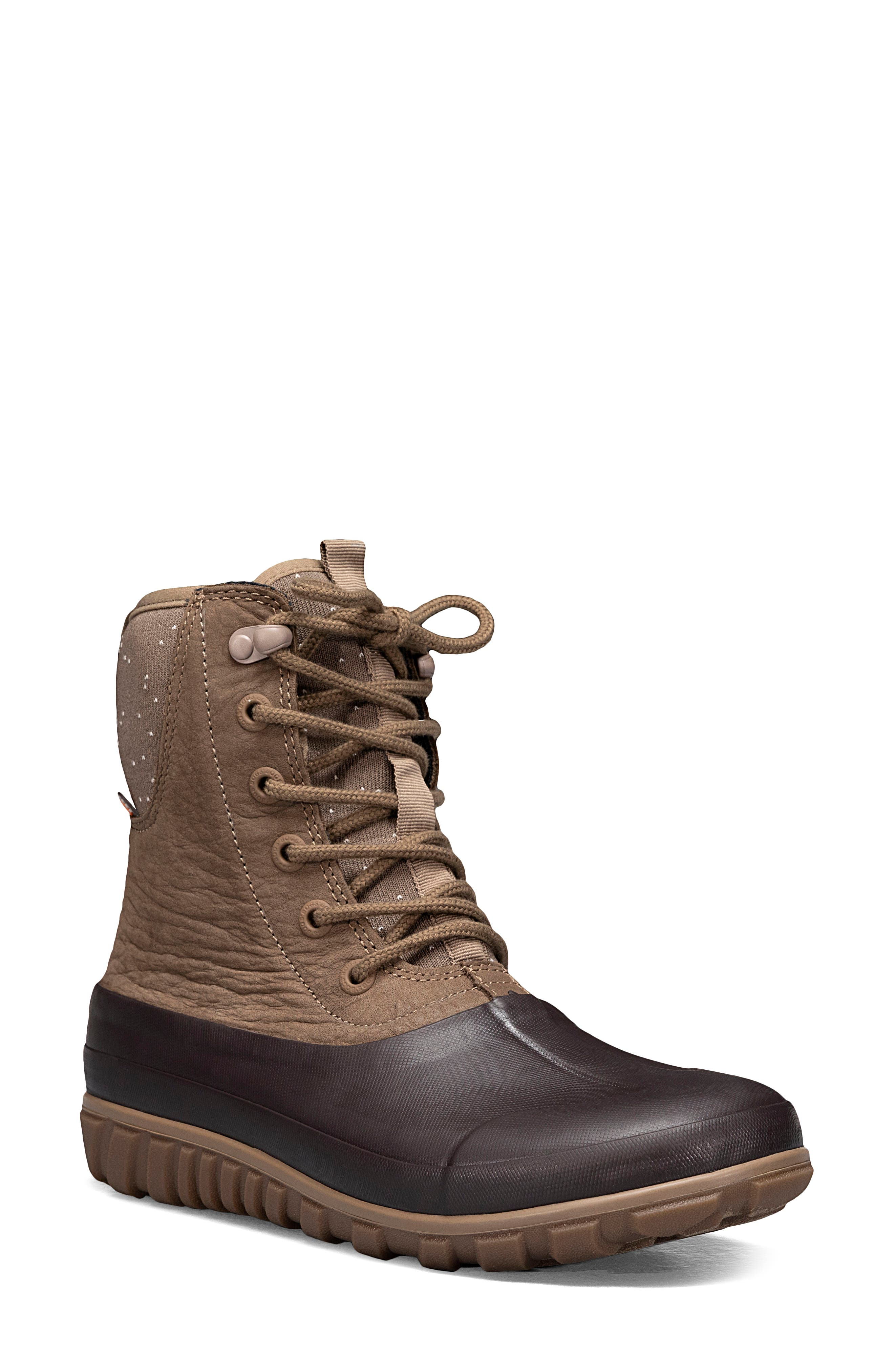 Casual Tall Lace-Up Boot
