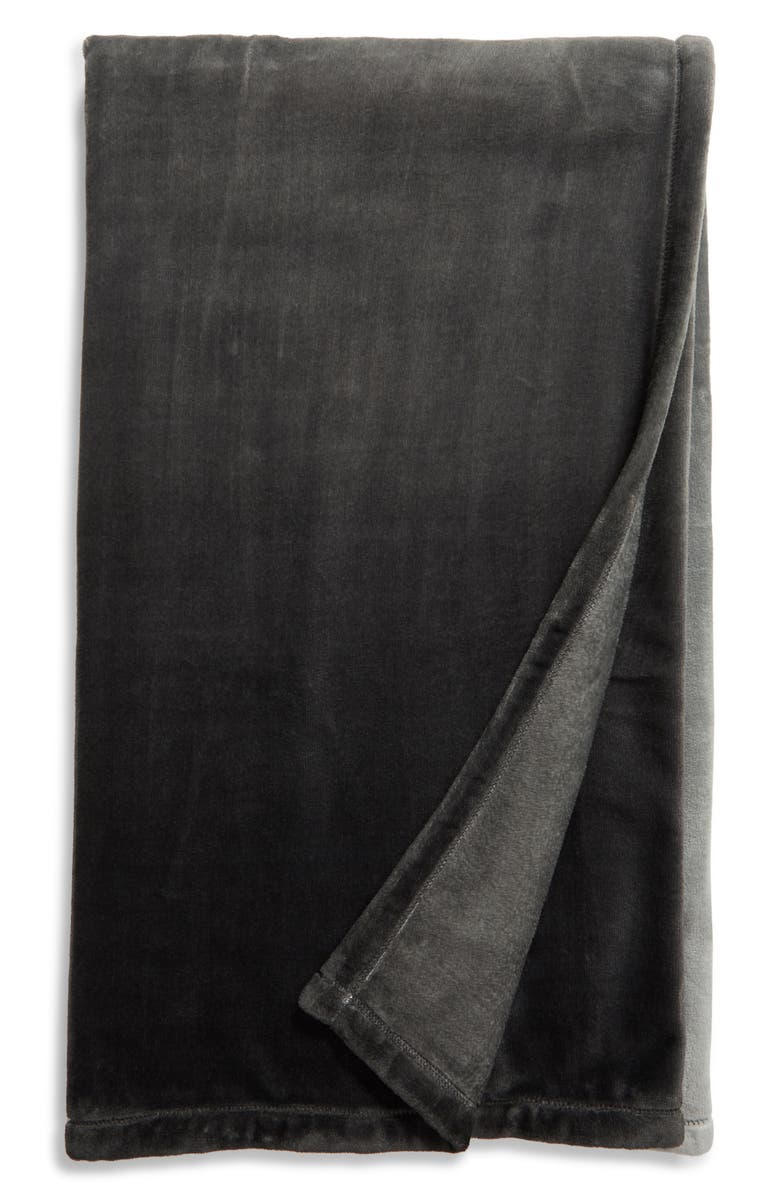 NORDSTROM Ombré Print Plush Throw Blanket, Main, color, GREY LUNAR OMBRE