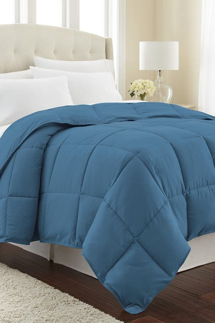 Image of SOUTHSHORE FINE LINENS King/California King Southshore Fine Linens Vilano Springs  Down Alternate Weight Comforter - Coronet Blue