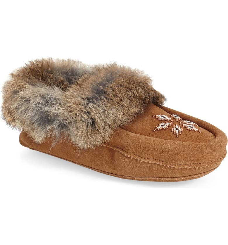 MANITOBAH MUKLUKS Kanada Genuine Rabbit Fur Moccasin Slipper, Main, color, 200