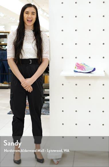 GT-2000 8 Running Shoe, sales video thumbnail