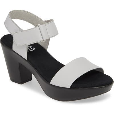 Munro Willa Sandal, White